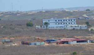 Vista sobre o terreno onde o PGR pretende construir condomínio