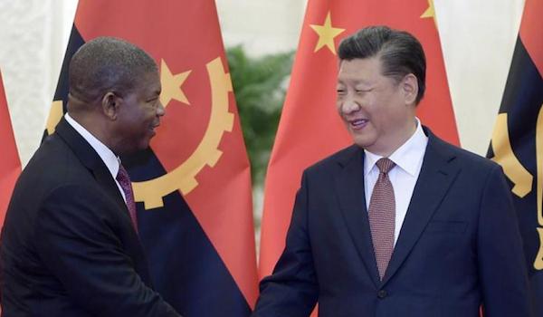 O Negócio da China de João Lourenço
