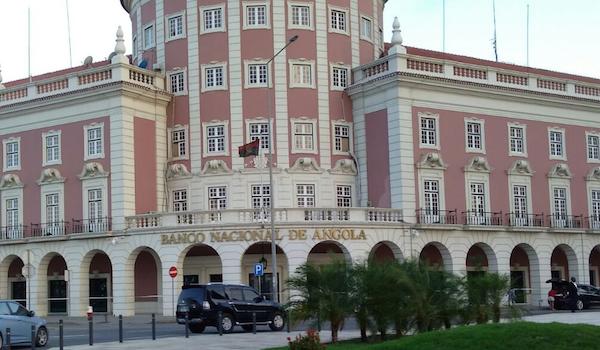Repairing Angola's Central Bank