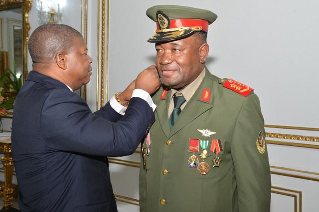 General Disciplina Faz das FAA Exército do MPLA