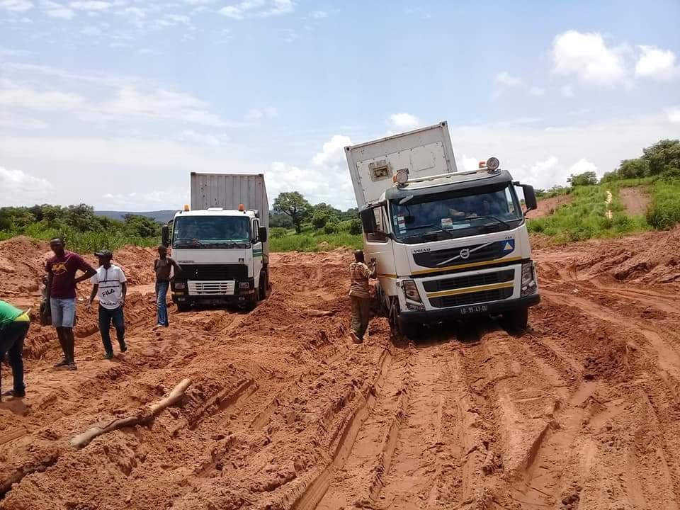 Estradas Nacionais Arruínam as Empresas de Transporte de Mercadorias