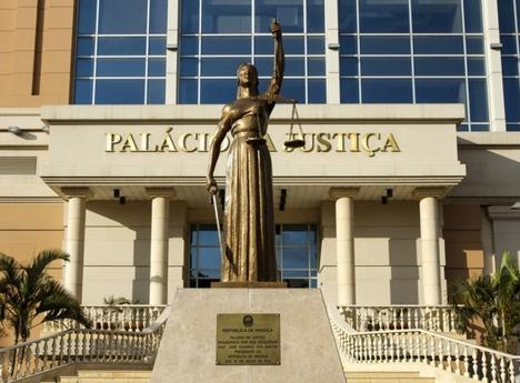 A Confusão sobre o Papel dos Tribunais no Combate à Corrupção