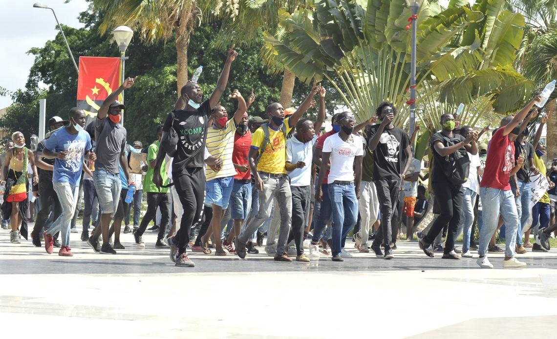 Transição e Diálogo: Um Imperativo Angolano
