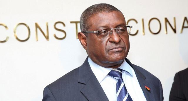Provedor de Justiça Renuncia: Um Problema de Dignidade Constitucional