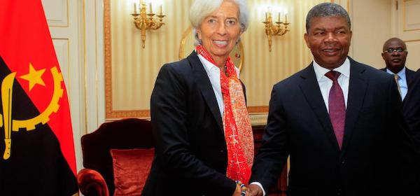 FMI Avalia Angola: Elogios e Puxões de Orelhas