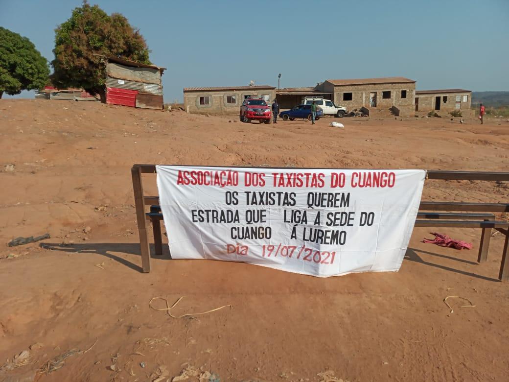 Taxistas em Greve contra Isolamento Viário de Cafunfo